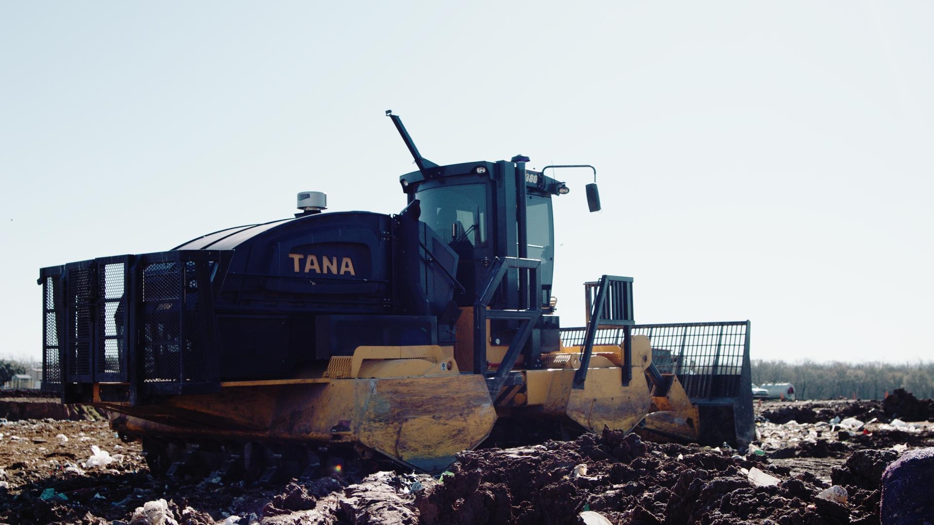 TANA E380 landfill compactor